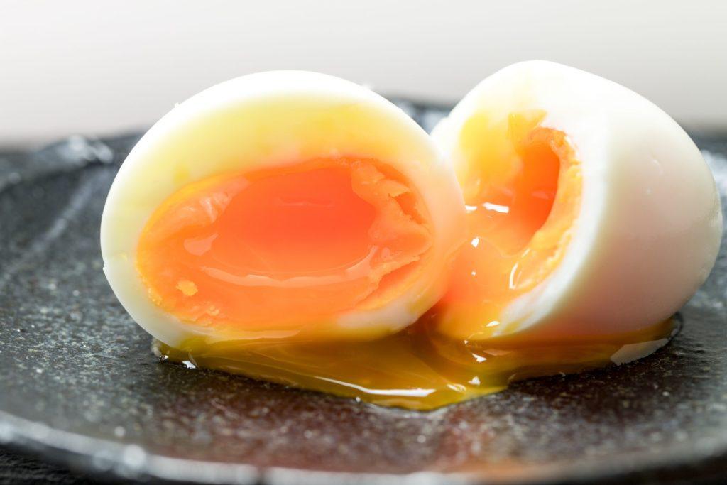 新鮮卵でもきれいに剥ける半熟ゆで卵!その秘密は「DPHボイル機」